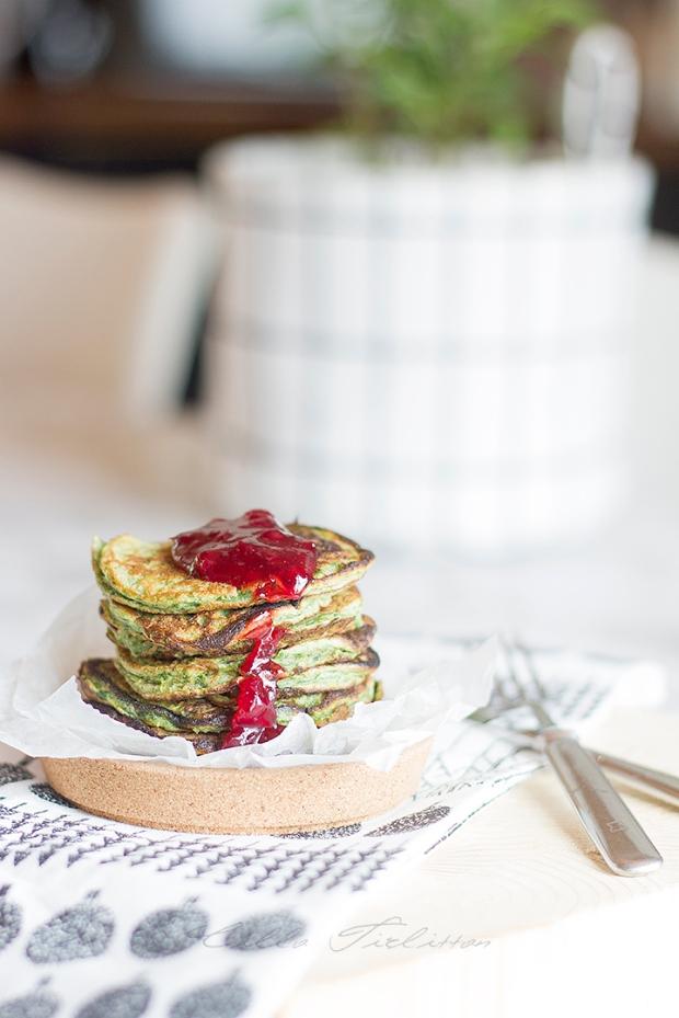 pinaattilettu-spinach-pancakes